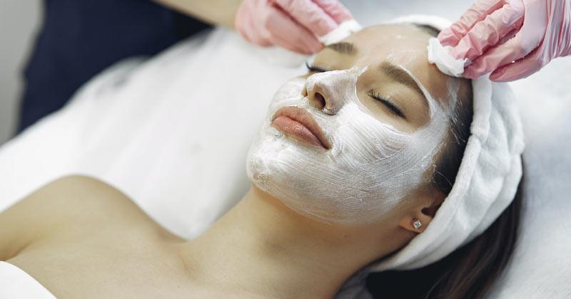 Facial Masks Against Wrinkles