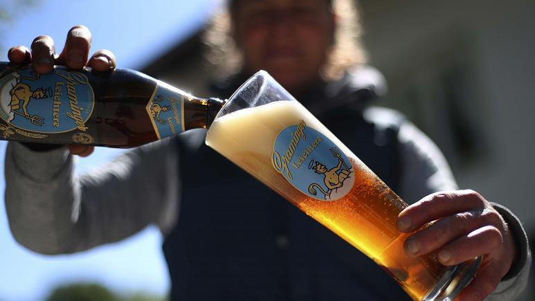 beer drinking in Europe