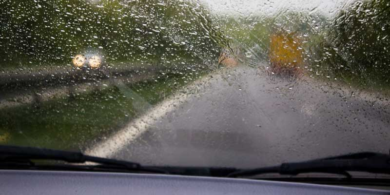 Cleaning Fogged Up Windows
