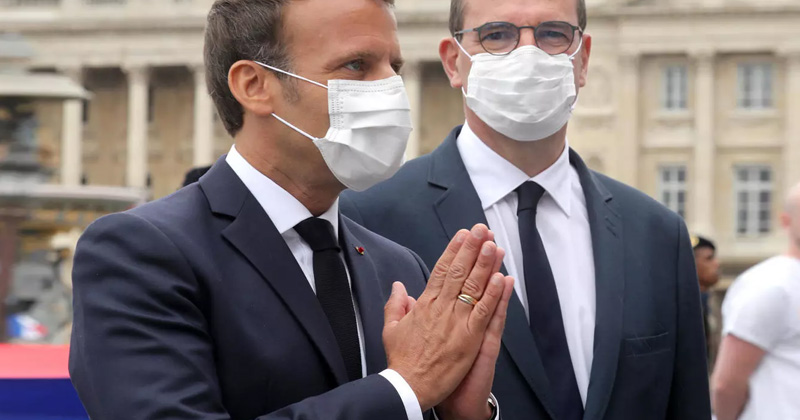 Mask Complusory in France
