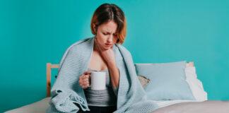 Women Having Throat Pain | Home Remedies for Sore Throat