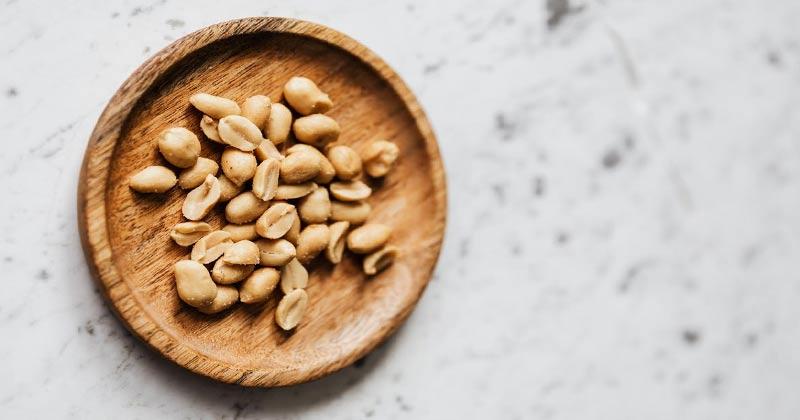 Peanuts On A Plate | 10 Health Benefits Of Peanuts