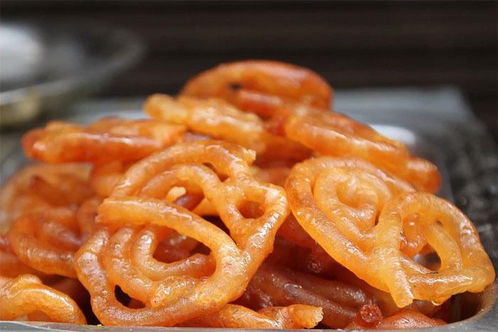 Jalebi - indian vegan snack