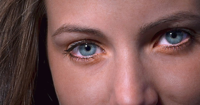 Can Eyes change Color with Mood