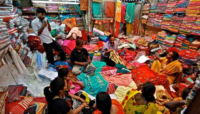Chandani Chowk | Cheapest Market For Buying Cloth In Delhi