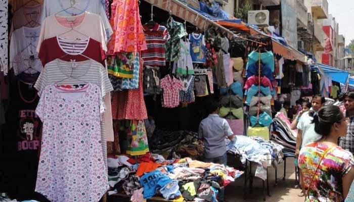 Sarojini Nagar Market | Cheapest Market For Buying Cloth In Delhi