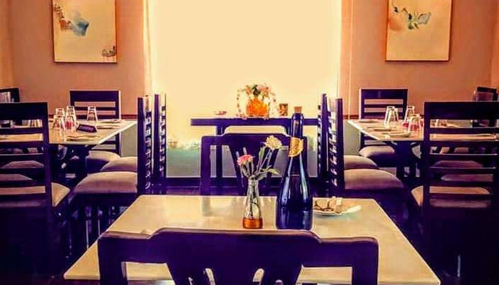 Rose Cafe Saidulajab | Best Cafes In Delhi For Date Night