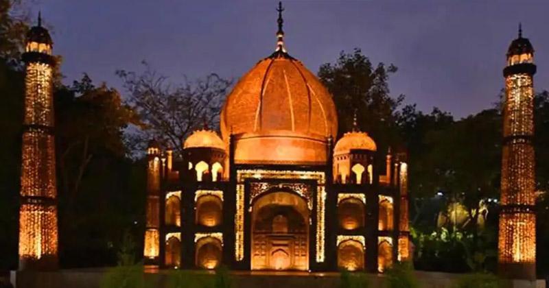 Taj Mahal Replica   Noida Waste Theme Park