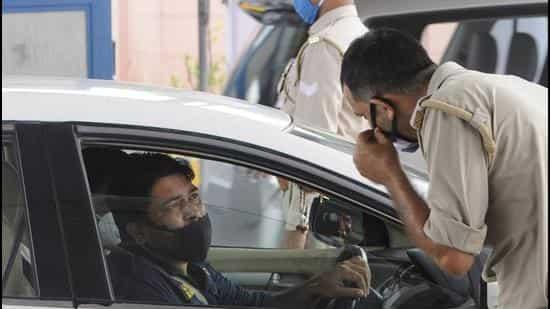 Delhi HC   wearing mask in car compulsory delhi HC